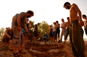 Teaching earthworks in a 3d micro scale, India, 2009