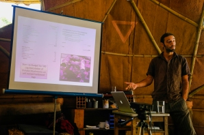 Presenting on the investment plan, the shiitake mushroom part. Photo credit Alice Smeets: www.alicesmeets.com